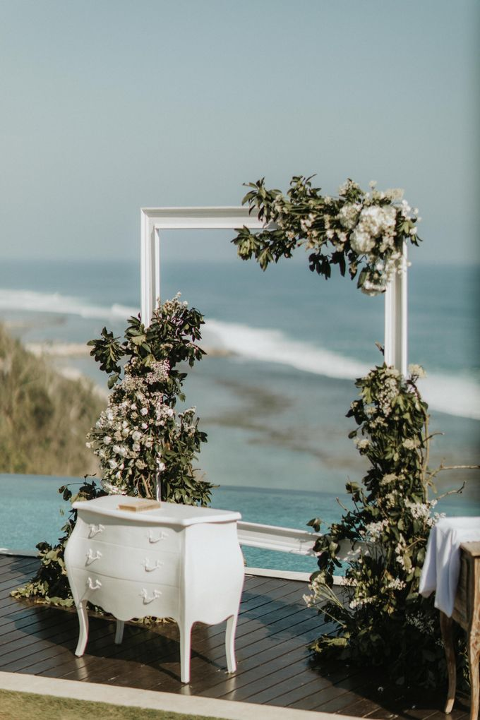 The Wedding of Kezia and Hans by THE UNGASAN CLIFFTOP RESORT BALI - 014