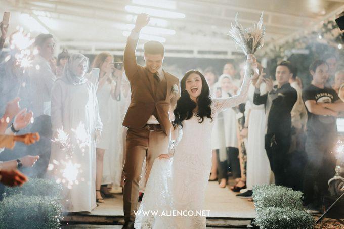 The Wedding Of Intan & Puja by Jakarta Souvenir - 049