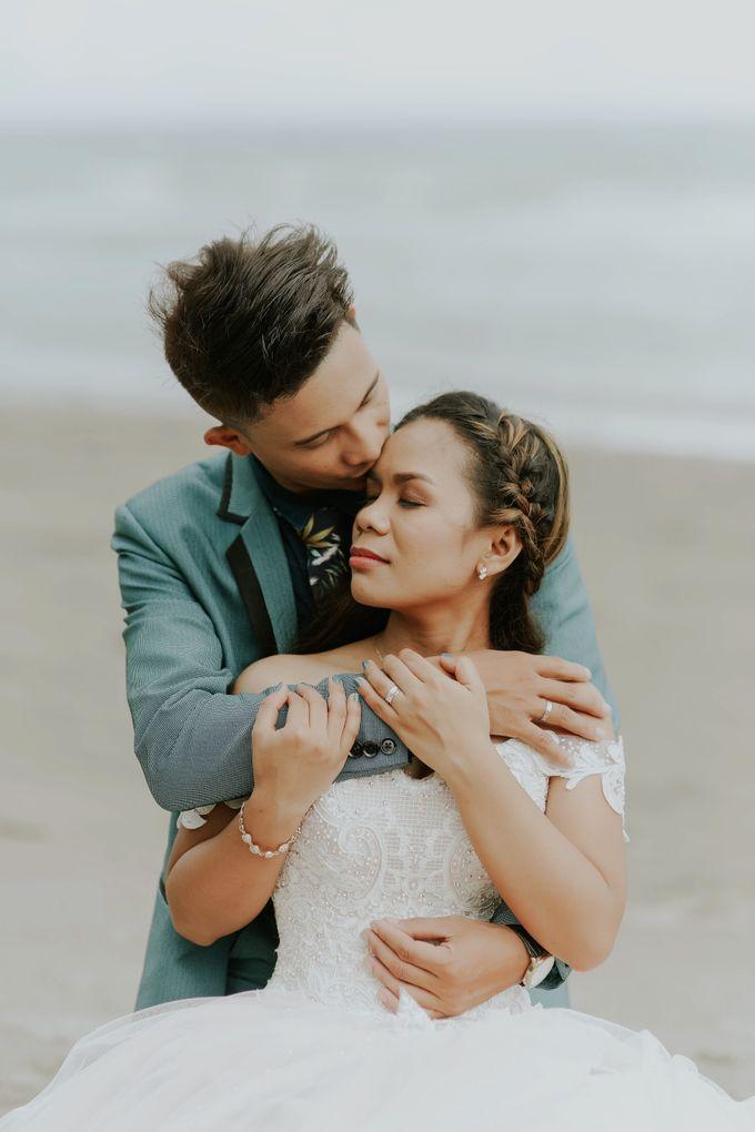Kim & Mae Sunrise Wedding by the beach by The Fortnight Studios - 046