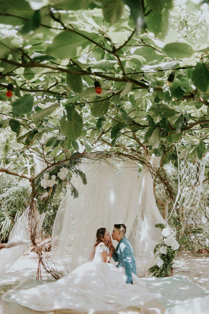 Kim & Mae Sunrise Wedding by the beach by The Fortnight Studios - 005