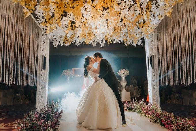 The Royal Wedding Of Kinanta & Anastascya by Honey Wedding & Event Bali - 016