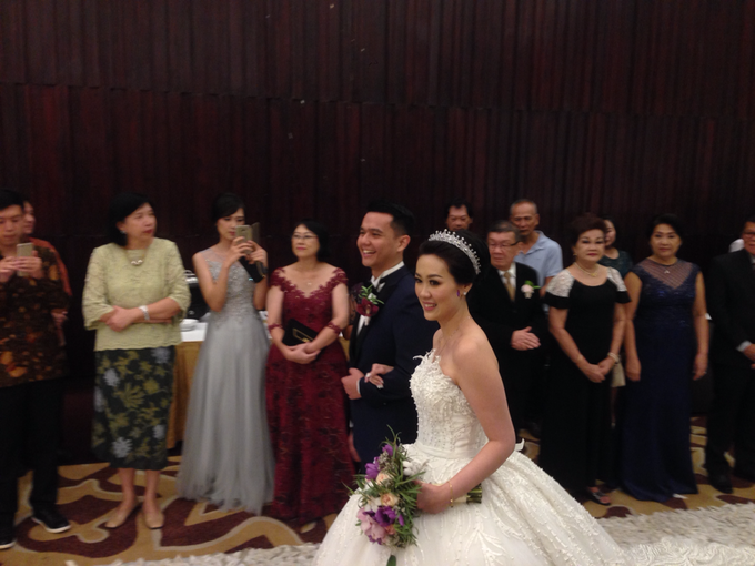 'The Doctors' dr. Stephanie & dr. Nelwan Wedding's by Wong Hang Distinguished Tailor - 002