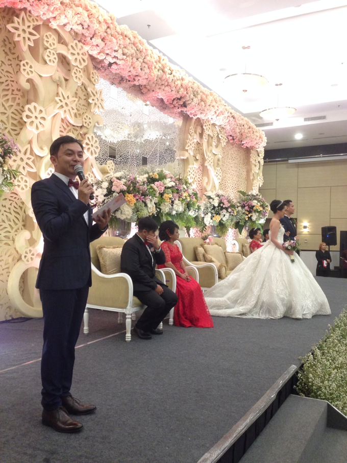 'The Doctors' dr. Stephanie & dr. Nelwan  Weddings   by Aston Bogor Hotel & Resort - 003