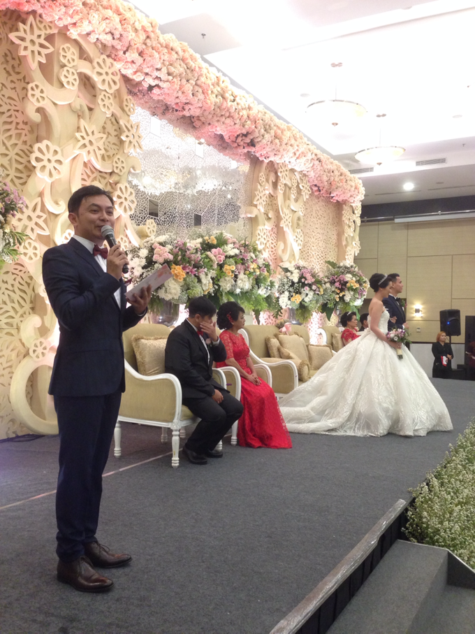 'The Doctors' dr. Stephanie & dr. Nelwan Wedding's by Wong Hang Distinguished Tailor - 003