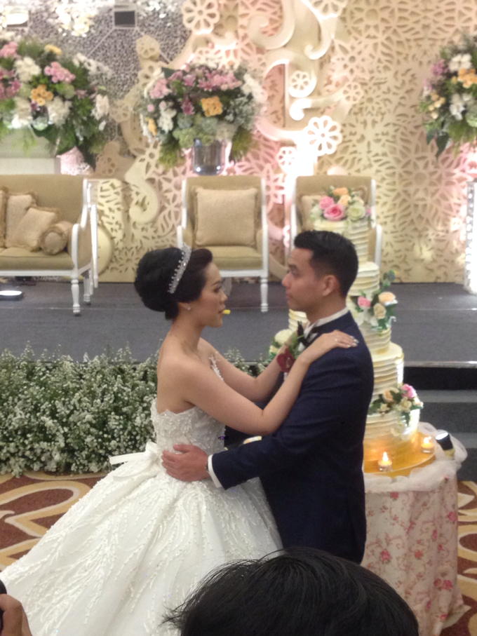 'The Doctors' dr. Stephanie & dr. Nelwan  Weddings   by Aston Bogor Hotel & Resort - 005
