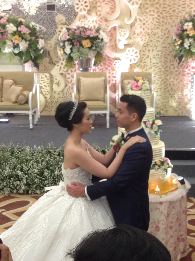 'The Doctors' dr. Stephanie & dr. Nelwan Wedding's by Wong Hang Distinguished Tailor - 005