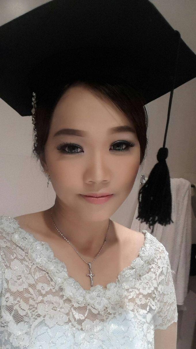 Make Up For Graduation by Maurine Stephanie MUA - 009