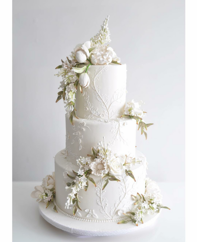3 layers wedding cakes by LeNovelle Cake - 005