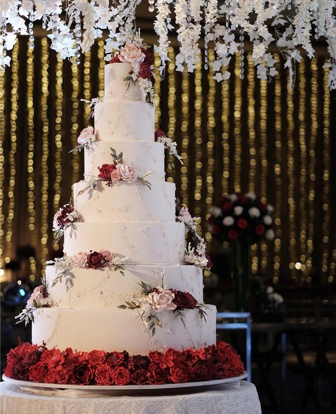 7 & 8 tiers Wedding Cake by LeNovelle Cake - 003