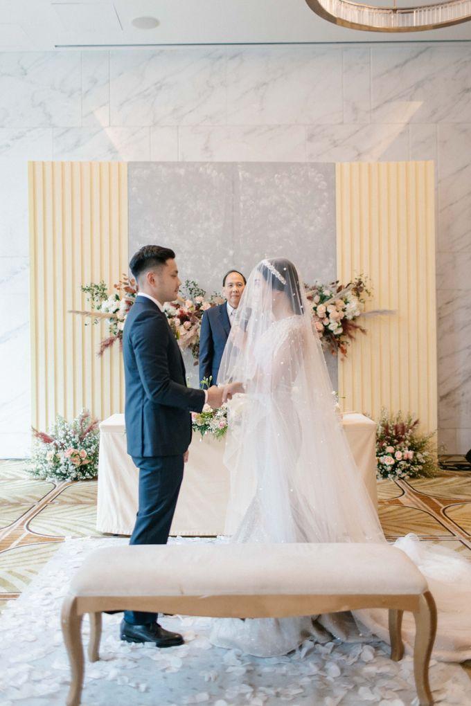 The Wedding Of Sandhy & Sylvani by de_Puzzle Event Management - 006