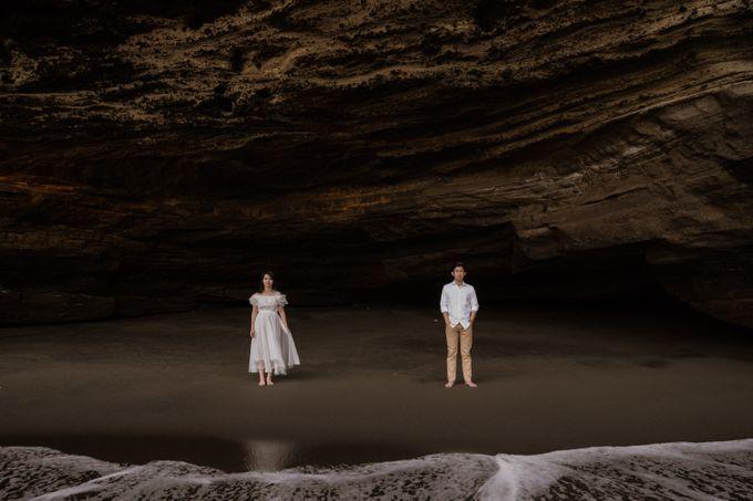 Kristi & Yonathan Prewedding by AKSA Creative - 016
