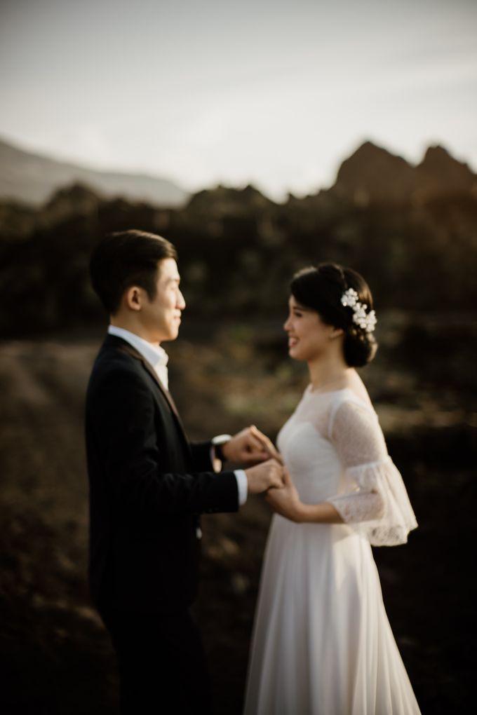 Kristi & Yonathan Prewedding by AKSA Creative - 020