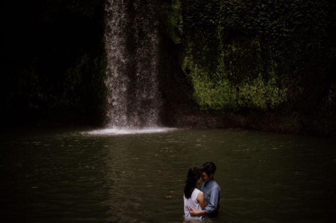 Kristi & Yonathan Prewedding by AKSA Creative - 028