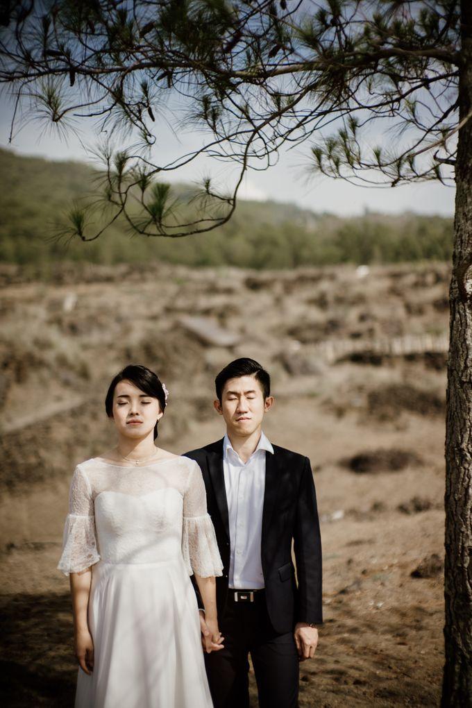 Kristi & Yonathan Prewedding by AKSA Creative - 033