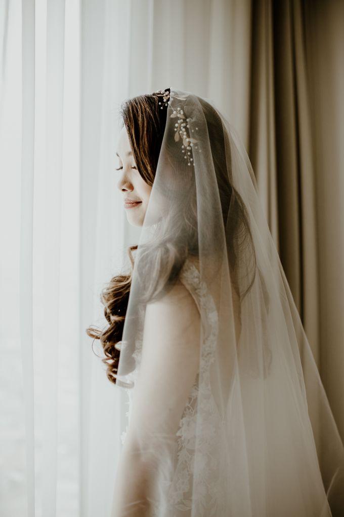 Kristi & Yonathan Wedding by AKSA Creative - 020