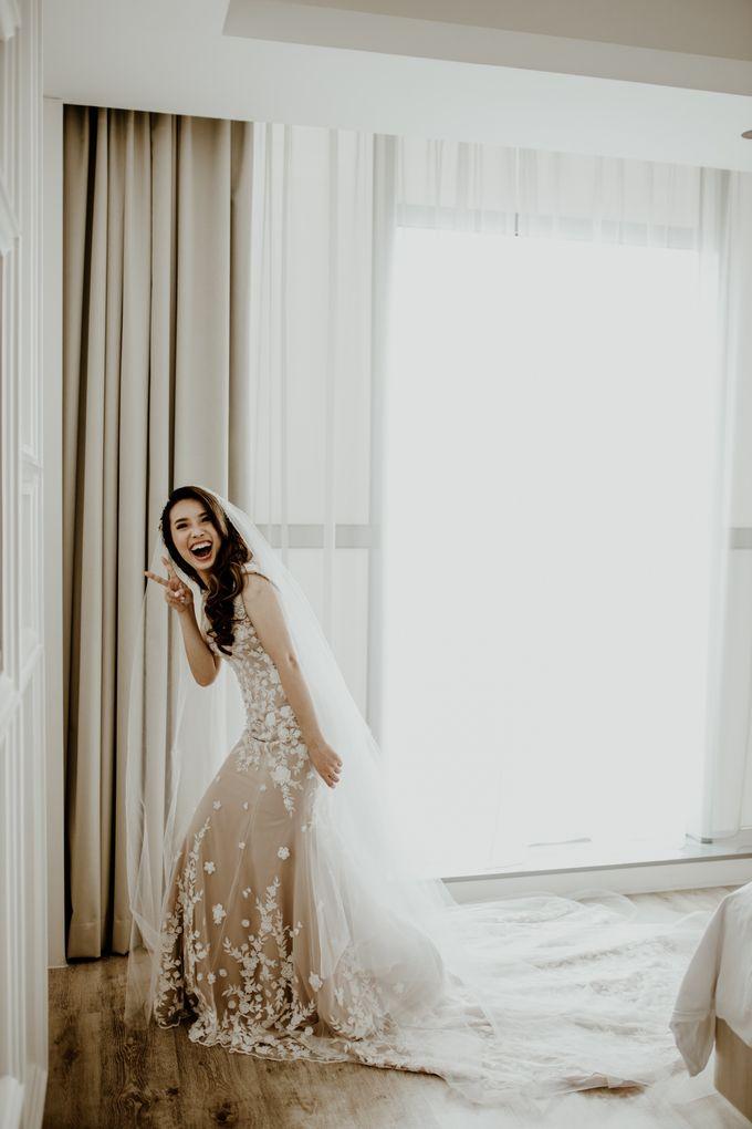 Kristi & Yonathan Wedding by AKSA Creative - 021