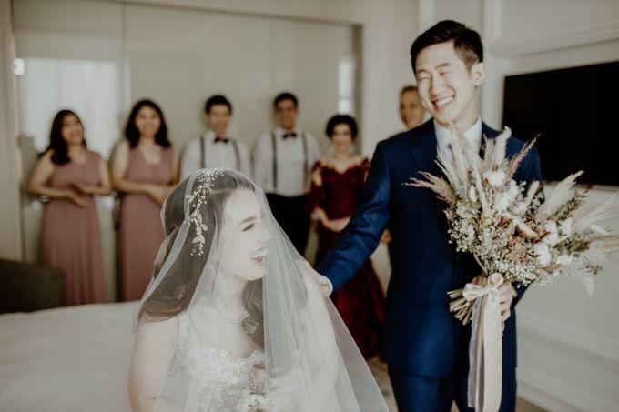 Kristi & Yonathan Wedding by AKSA Creative - 025