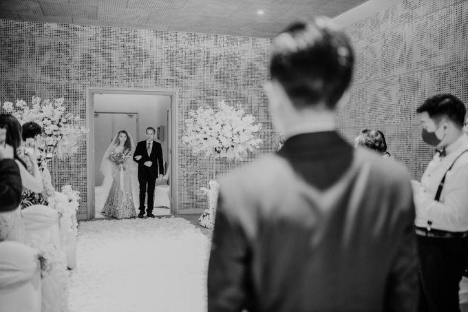 Kristi & Yonathan Wedding by AKSA Creative - 032