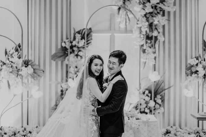 Kristi & Yonathan Wedding by AKSA Creative - 033