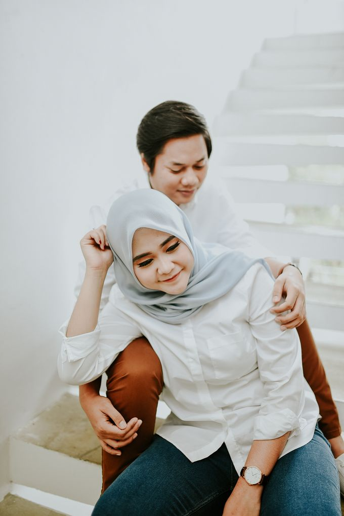 Kevin & Virgi Couple Session by akar photography - 023