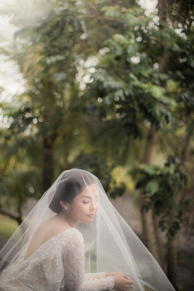 Eco-friendly Bali Wedding by Reynard Karman Photography - 009