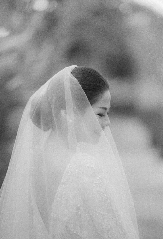 Eco-friendly Bali Wedding by Reynard Karman Photography - 010