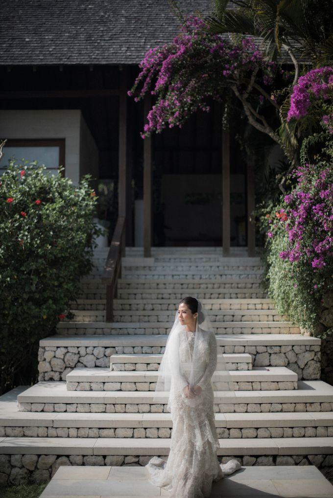 Eco-friendly Bali Wedding by Reynard Karman Photography - 012