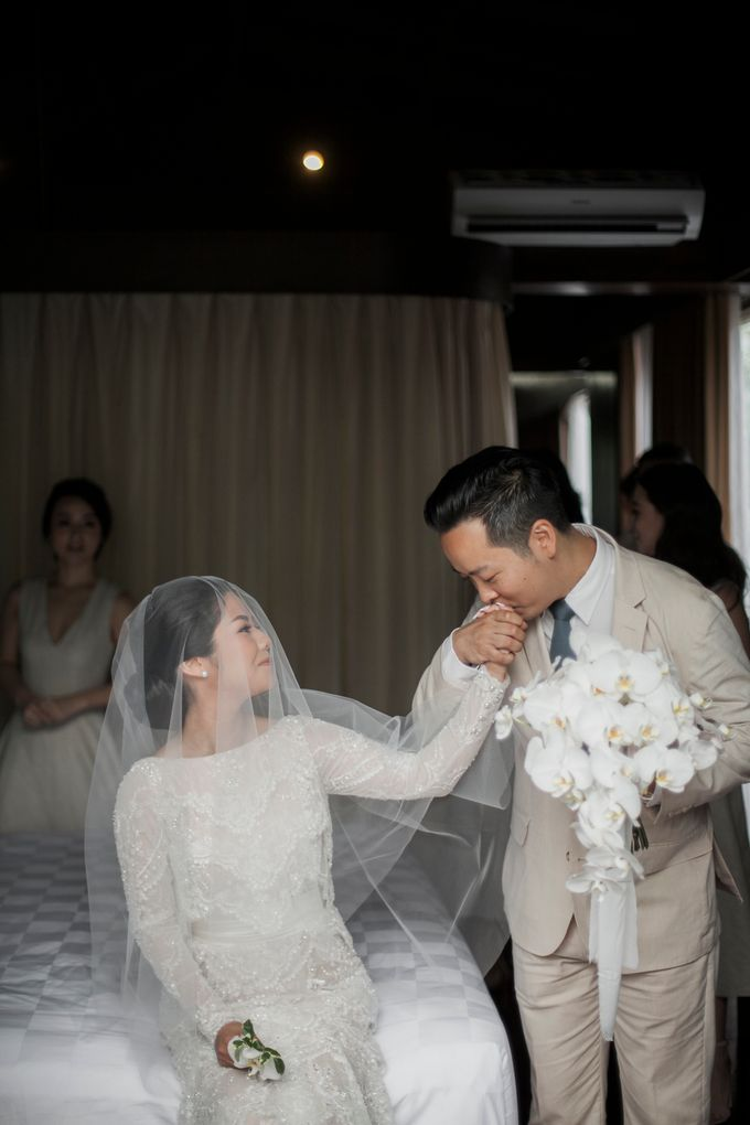 Eco-friendly Bali Wedding by Reynard Karman Photography - 030