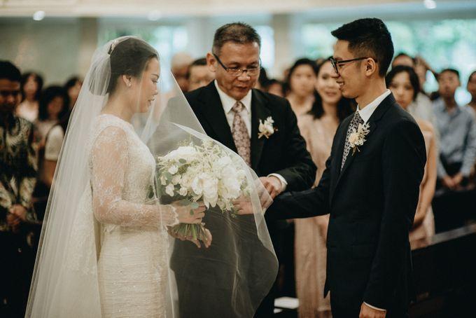 Holy Matrimony Kelvin & Teresa by saptodjojokartiko bride - 004