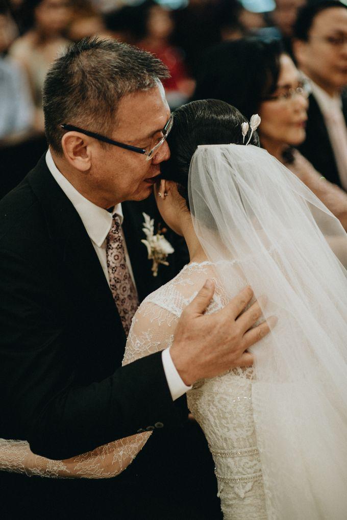 Holy Matrimony Kelvin & Teresa by saptodjojokartiko bride - 017