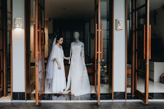 Preparation of Teresa by saptodjojokartiko bride - 005