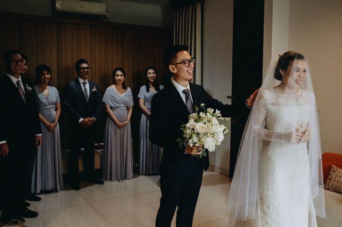 Preparation of Kelvin & Teresa by saptodjojokartiko bride - 001