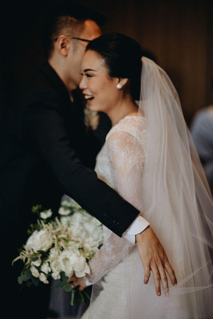 Preparation of Kelvin & Teresa by saptodjojokartiko bride - 004