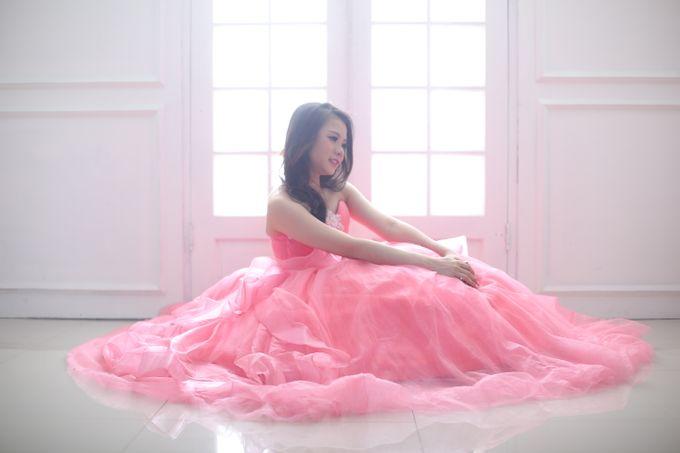 Favor Pre-wedding Gown - Cherish Pink by Favor Brides - 007