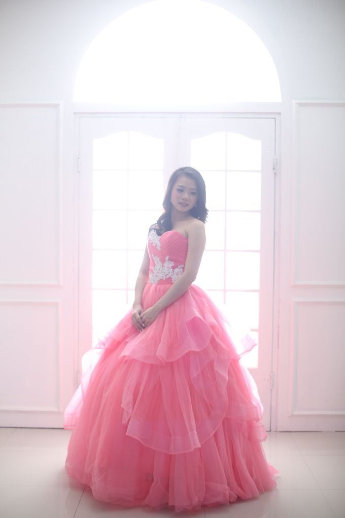 Favor Pre-wedding Gown - Cherish Pink by Favor Brides - 002