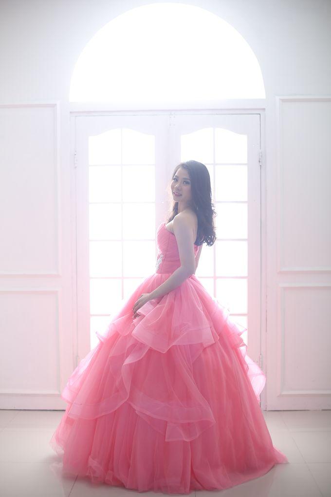 Favor Pre-wedding Gown - Cherish Pink by Favor Brides - 003