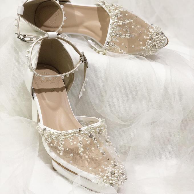 WINDY WEDDING PEARL WHITE SHOES by Helen Kunu by Kunu Looks - 004