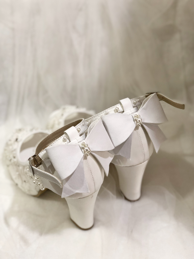 CLARA wedding white shoes by Helen Kunu by Kunu Looks - 005