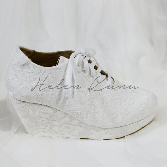 Wedges wedding shoes by Helen Kunu by Kunu Looks - 003