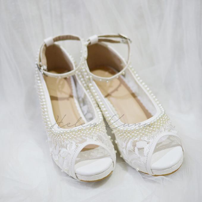 White christmas heels by Helen Kunu by Kunu Looks - 009