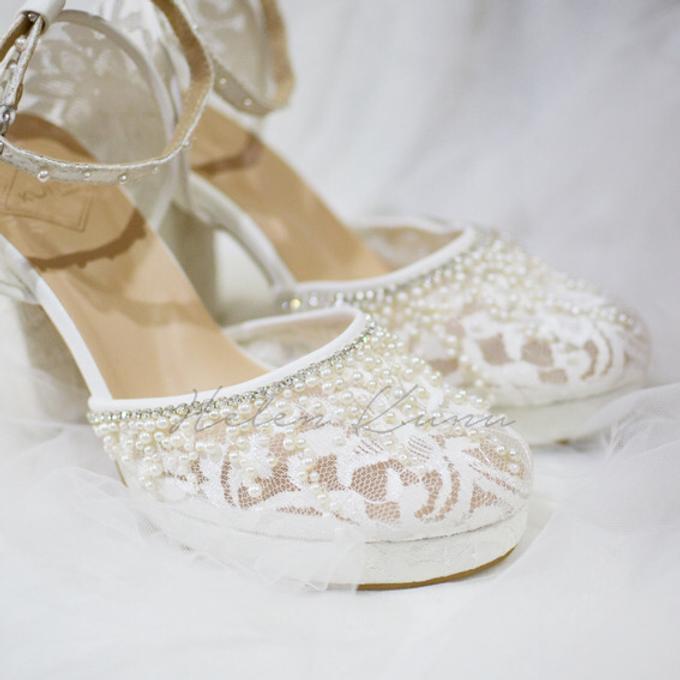 White christmas heels by Helen Kunu by Kunu Looks - 014