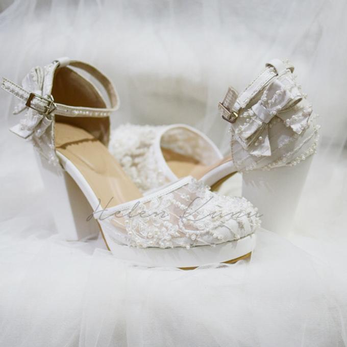 White christmas heels by Helen Kunu by Kunu Looks - 020