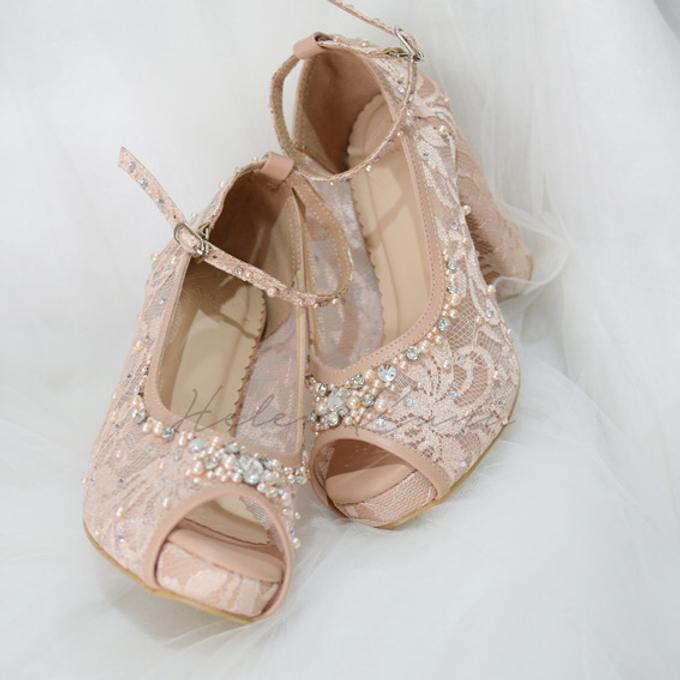 Audelia Cream wedding shoes by Helen Kunu by Kunu Looks - 006