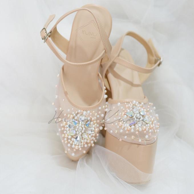 Linda wedding heels by Helen Kunu by Kunu Looks - 003