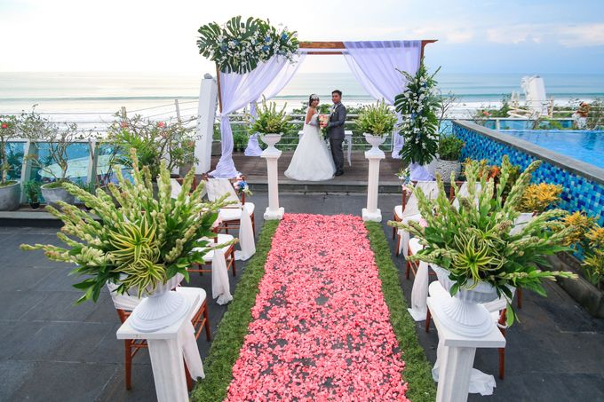 Wedding on a Rooftop at Kuta by KutaBex Beach Front Hotel Bali - 008