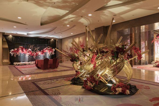 Skenoo Hall - Wedding Decoration of Aldi & Astri by IKK Wedding Venue - 006