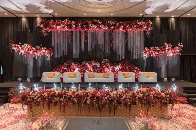 Skenoo Hall - Wedding Decoration of Aldi & Astri by IKK Wedding Venue - 001