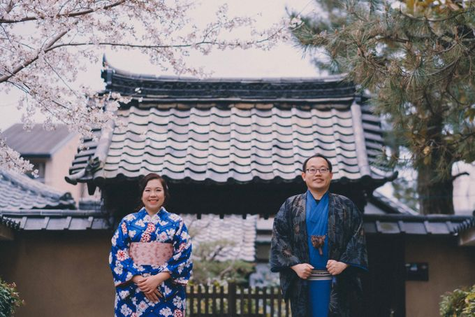 Kyoto Sakura Pre Wedding Shoot by Yipmage Moments - 006