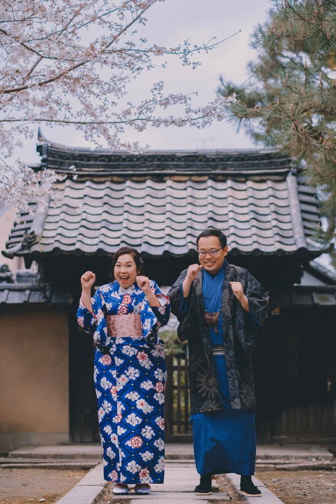 Kyoto Sakura Pre Wedding Shoot by Yipmage Moments - 007