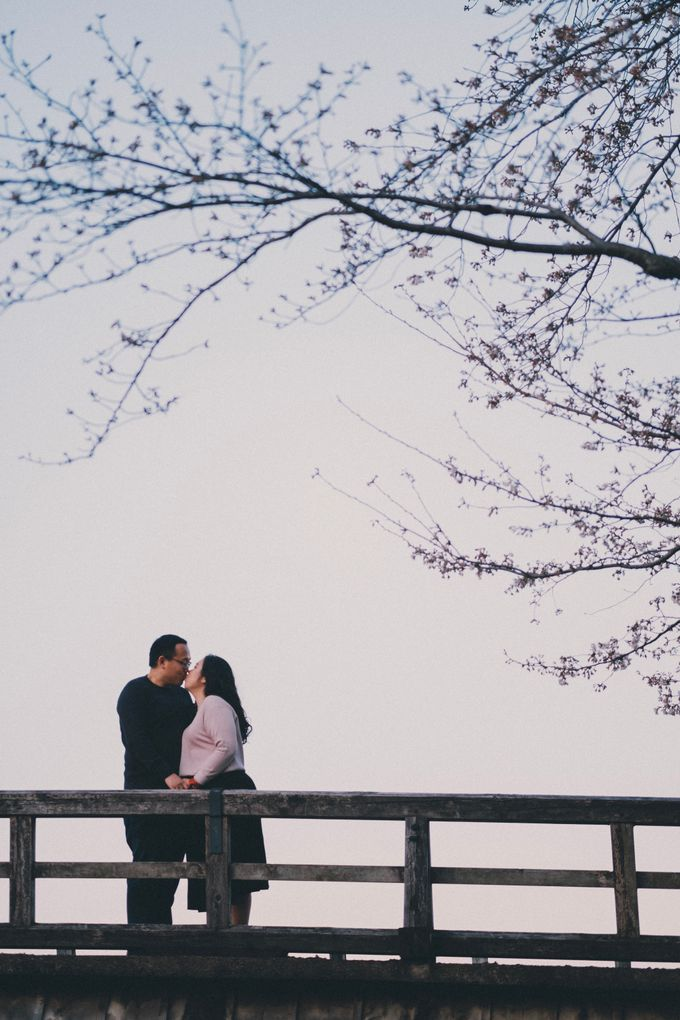 Kyoto Sakura Pre Wedding Shoot by Yipmage Moments - 018